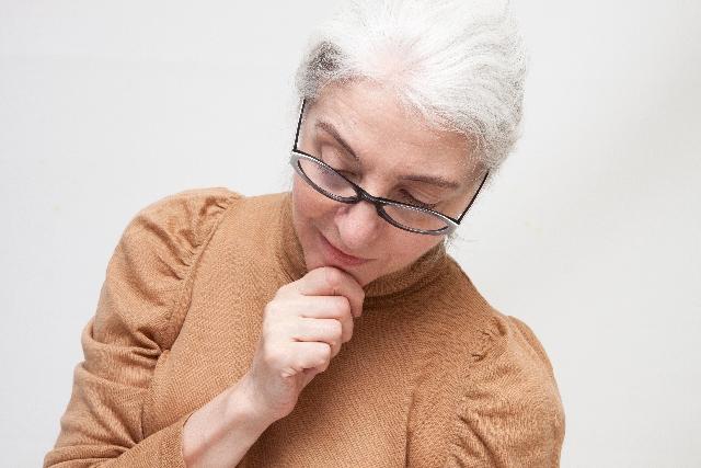 年で物忘れがひどいのは老化のせい?
